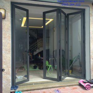 Mẫu cửa nhôm kính 4 cánh Xingfa