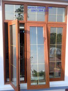 Mẫu cửa sổ nhôm đẹp Xingfa vân gỗ