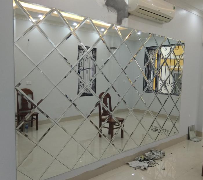 Gương ốp tường được mài vát cạnh