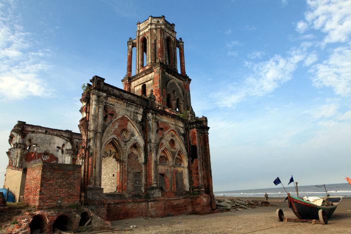 Vẻ đẹp hoang sơ của nhà thờ Đổ