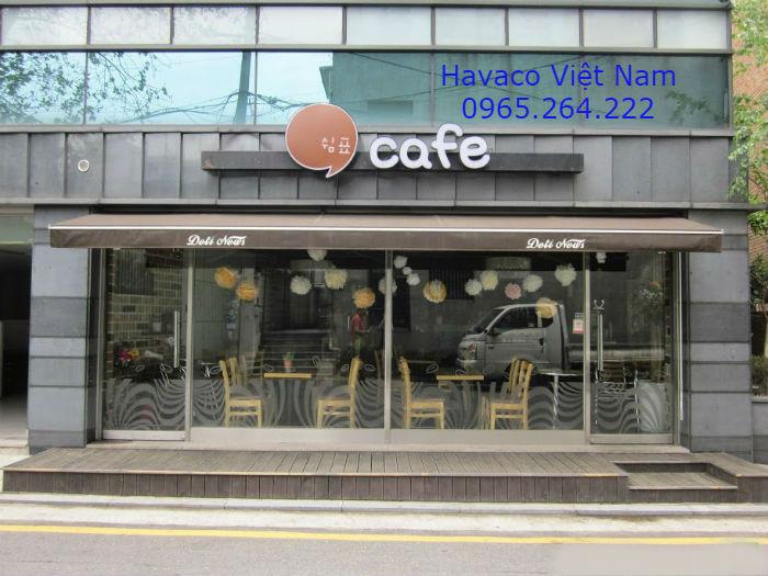 Cửa kính cường lực quán cafe
